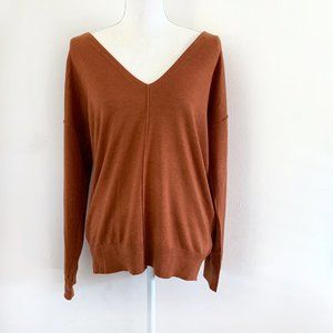 NWT Forever 21 Cozy V-Neck Sweater Medium